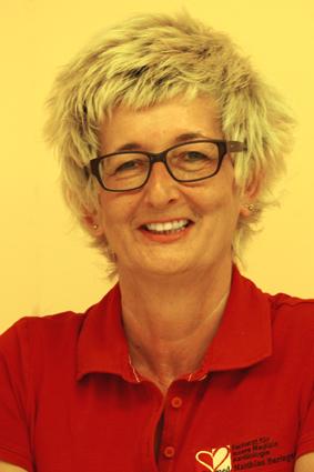 Frau Iris Hoffmann